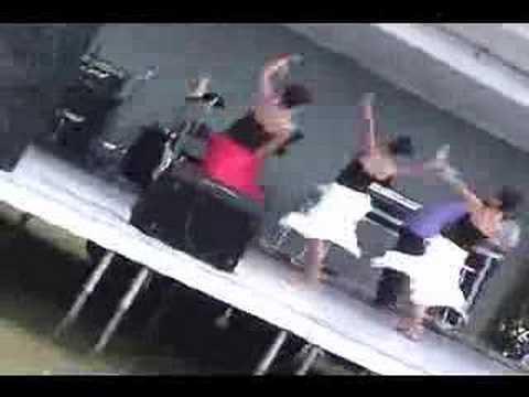 sexy hmong gurls dancing