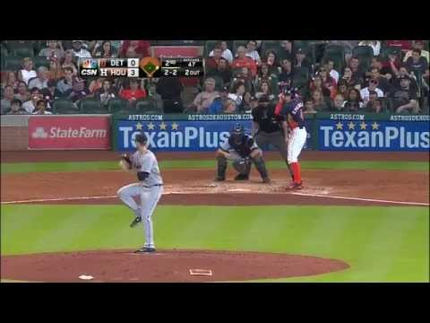 Altuve steals for record six straight games