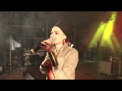 Sister Naaman at Sunshine Reggae Festival 2016