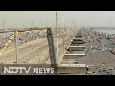 Why army's building bridges for Sri Sri fest