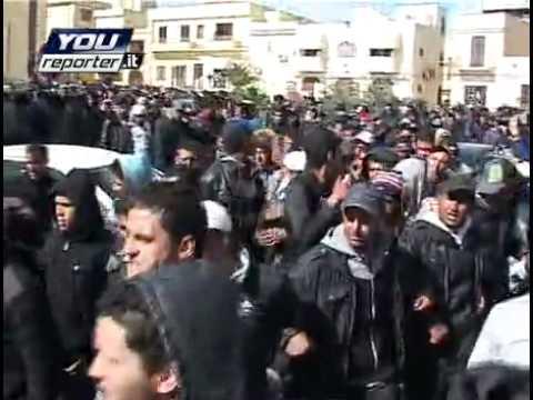 Lampedusa: rivolta e tensione tra i migranti