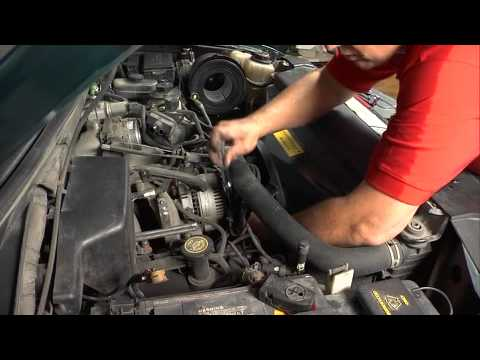 Replacing the Alternator 1997 Ford F150 4.6L Truck - YouTube