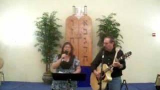 Watch Debbie Friedman Halluyah video