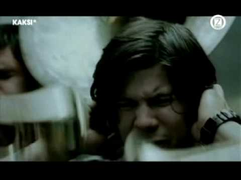 Ed Harcourt - She Fell Into My Arms