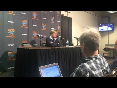 Holly Warlick on Diamond DeShields