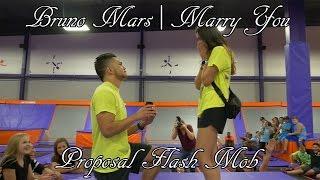 Download Lagu Bruno Mars | Marry You Proposal Flash Mob! Gratis STAFABAND