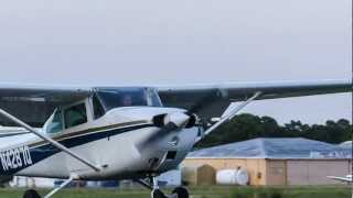 Flying the Traffic Pattern - Lakewood Airport 07/21/12