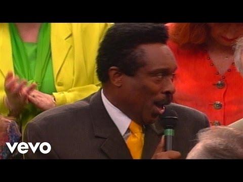 Bill & Gloria Gaither - Highway to Heaven [Live] ft. Jessy Dixon