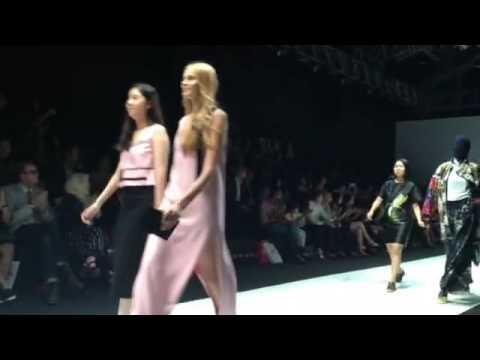 LaSalle graduation show at Singapore fashion week 2015
