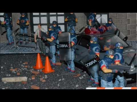G.I. JOE DIORAMA STORY : COBRA ATTACKS EPISODE VII : THE RIOT