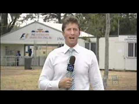 Reporter deals with tosser at Melbourne Formula One