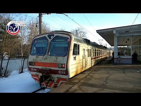 PROVINCIAL RUSSIA: Life in a Small Russian Town // Commuter Train to Moscow //My Vision of Russia