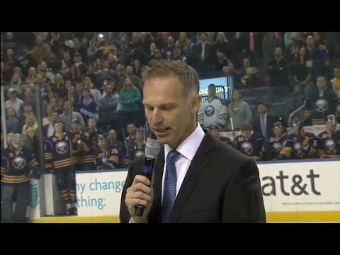 Dominik Hasek inducted to Sabres Hall of Fame