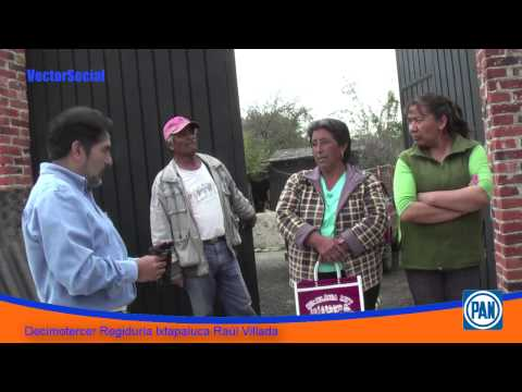 El Decimotercer regidor de Ixtapaluca entrega láminas a familias de Ávila Camacho