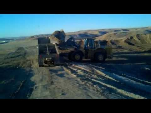 HOW TO HAUL GRAVEL, NORTH DAKOTA BAKKEN OIL WORK JOB WILLISTON ND