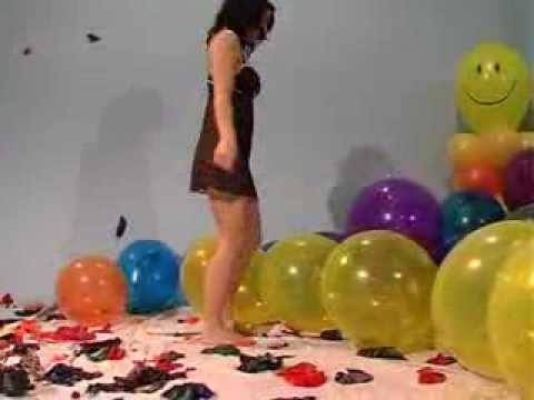 Sexy Girl Balloon Fetish Btp Sit To Pop video