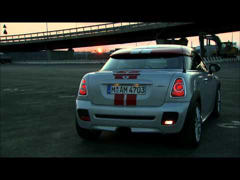 MINI Coupe 2012 - Lighting sequence