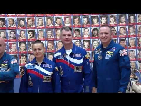The Expedition 41/42 Soyuz Spacecraft and Crew are Prepared for Launch