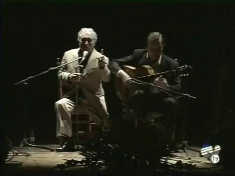 CURRO LUCENA ( Himno de la Virgen de Araceli ) Guit: Manolo Franco 2002