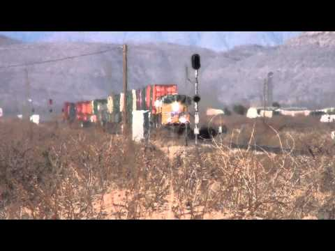 Union Pacific Intermodal Train Alamogordo NM on 2/16/2013 (1080P)