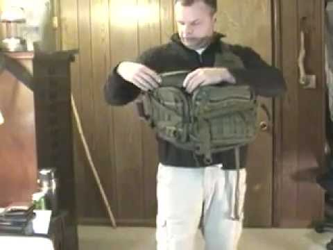 Maxpedition Kodiak Gearslinger Bag Review and Demonstration Use