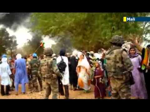 Mali soldiers meet with protests in as they re-enter Tuareg separatist stronghold city Kidal