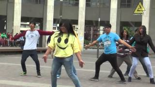 Happy - Pharrell Williams - FlashMob JUST DANCE CONCE