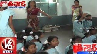 Download Women Weird action at Kasturba Residential School in Eturunagaram | Teenmaar News 3Gp Mp4