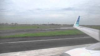 video An excellent flight onboard Garuda Indonesia Flight 370 from Surabaya to Batam with B737-800. Song: Moving on by Ridho Rhoma.