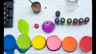 How To Create a RAINBOW Water Bottle - Toy Collection for Children