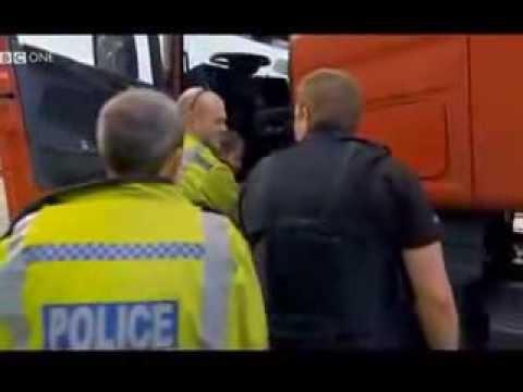 Płaczący Kierowca Tira W UK Anglii