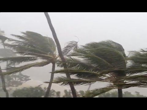 Super Typhoon Vongfong Landfall & Hits Okinawa Japan Hurricane - Cyclone Storm 2014!!!