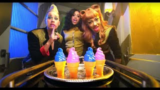 Клип Stooshe - Love Me ft. Travie McCoy