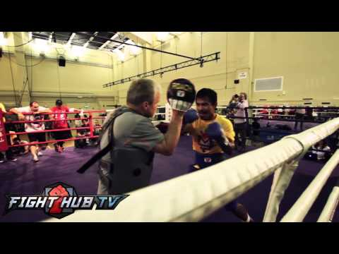 Manny Pacquiao vs. Chris Algieri - Pacquiao shows explosive speed in workout