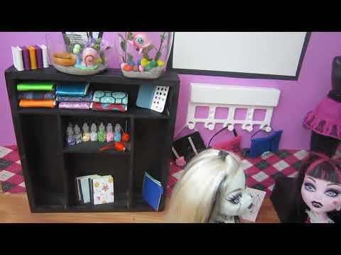 Episodio 682- Cómo hacer útiles escolares en miniatura 3ra parte: Clase de arte