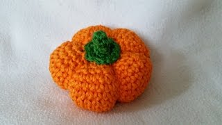 How to crochet a pumpkin - Easy tutorial for vegetables and fruits by BerlinCrochet