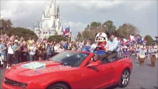 Super Bowl XLVI MVP Eli Manning comes to Disney World
