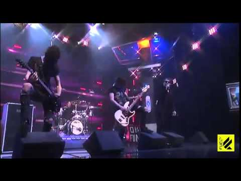Asking Alexandria - If You Can't Ride Two Horses At Once, You Should Get Out Of The Circus (Live @ The Daily Habit)