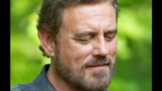 Watch Michael Tomlinson Light Of Love video