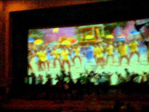 Velayudham  First Show Vijay Mass video