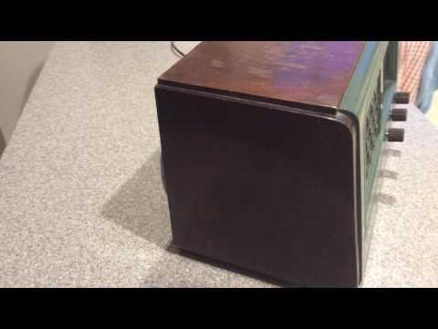 HMV 1115 Vintage Valve MW/LW Radio thumbnail