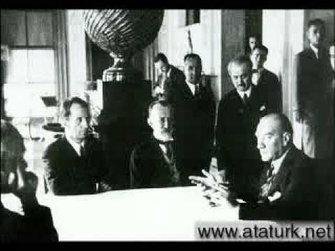 Atatürk'ün Sevdi�i �arkılar Yemen Türküsü Vardar Ovası Atabarı �ökertme Sobalarında Kuruda Me�e Mızıka �alındı Dü�ün mü Sandın Türküleri Okuyan: Dr.Arma�an EL�İ.