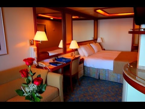 Suites mini suites on the new royal princess cruise ship for Cruise balcony vs suite