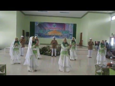 TARI TRADISONAL Feat HADROH AL ANDALUS SMK AL WASHLYAH Part 1