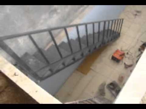 Escadas Caracol de Ferro Escada de Ferro Reta.wmv