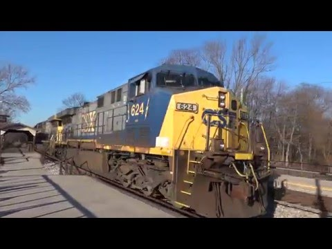 CSX Q398 Blowing Through Duffields