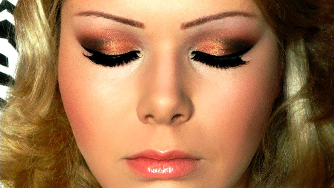 Eye makeup for coral