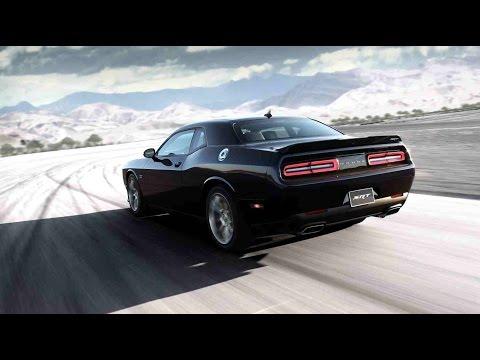 Hot Lap Dodge Challenger Scat Pack 2015 video