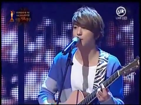110120 [HQ] CN Blue - I'm A Loner+Love Love Love Live