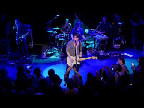Goo Goo Dolls - When The World Breaks Your Heart (Live @ The Troubadour, 2013)